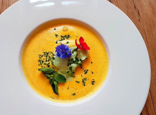 Mrkvová polévka ovoněná citrusy  Foto: