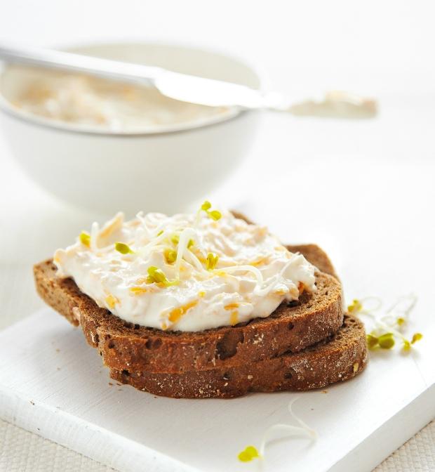 Pomazánka se sýrem a česnekem Foto: archiv Gurmet
