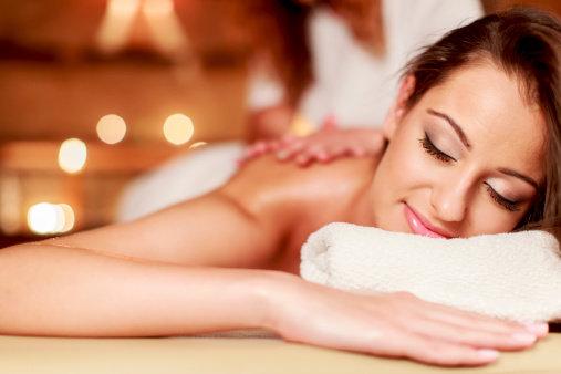 Na tantra masáž můžete jít sami nebo s partnerem Foto: