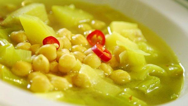 Pórková polévka s quinoou a cizrnou 2 Foto:
