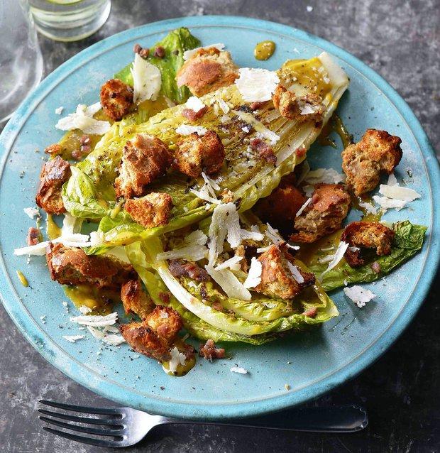 Grilovaný salát Caesar  Foto:
