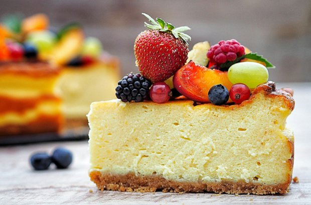 Smetanovo-sýrový dort s ovocem Foto: