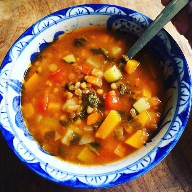 Pestrobarevná čočková polévka  Foto: