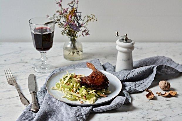 Pečené husí stehno s celerovým salátem 2 Foto: