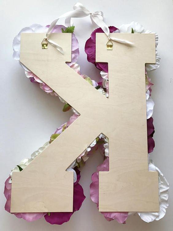 rozkvetlý monogram 4 Foto: