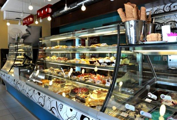 V cukrárně Dolce Carosello je nejtěžším úkolem vybrat si... Foto: