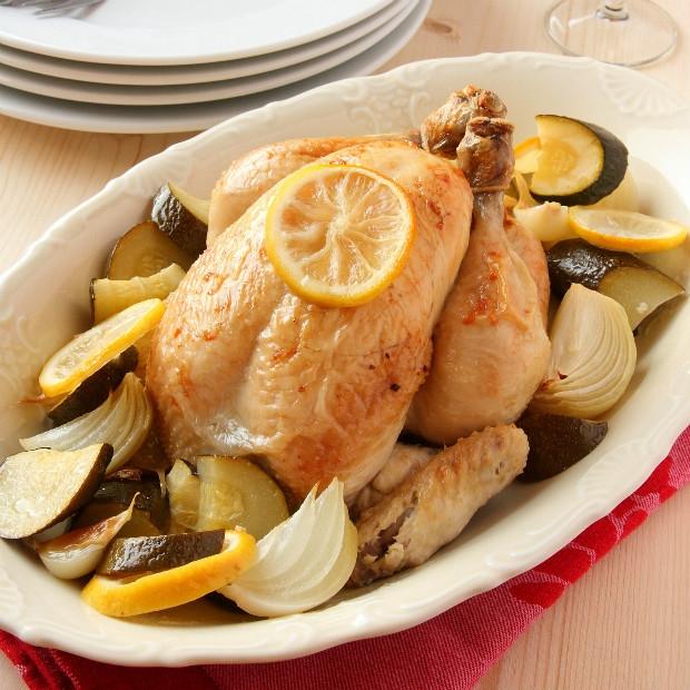 Pečené kuře se zeleninou, Foto: Thinkstock