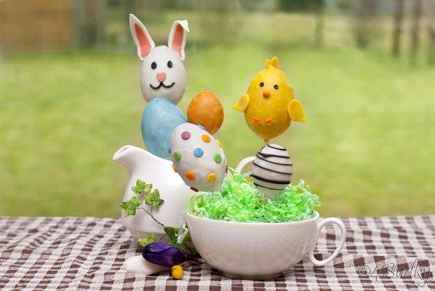 velikonoční cake pops ženy Foto: