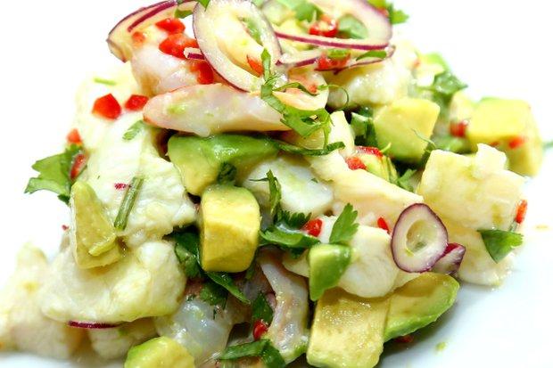 Ceviche z čerstvé ryby a krevet Foto: