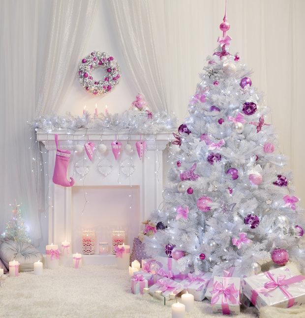 Růžový vánoční strom? Proč ne! Foto: