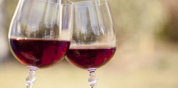 gallery-1439579249-red-wine-glasses-ghk Foto: