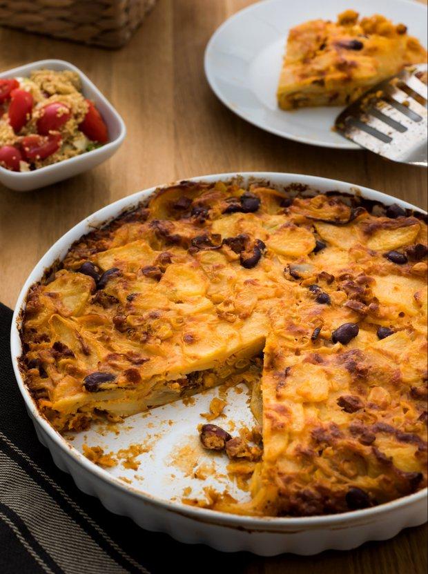 Bramborový koláč s chorizem a sýrem manchego  Foto: