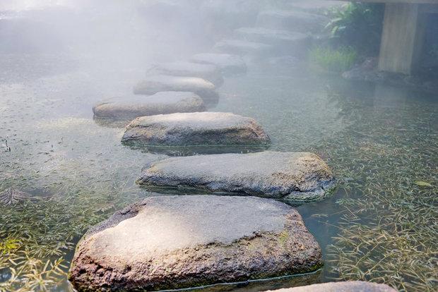 Kameny mohou být i praktické Foto: