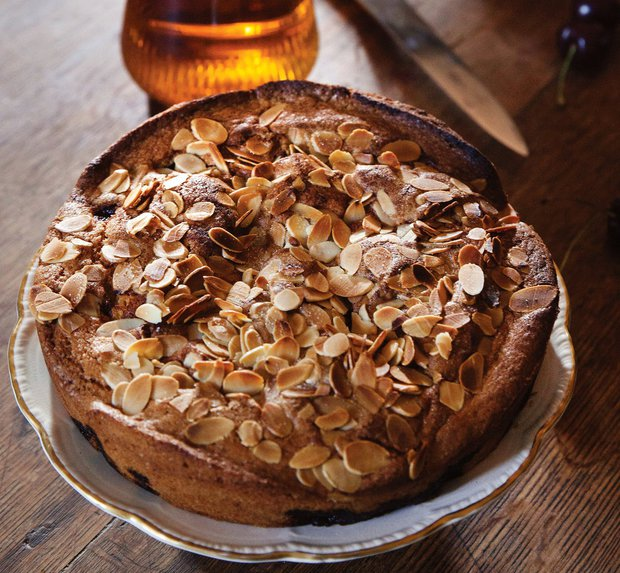 Třešňovo-mandlový koláč  Foto: