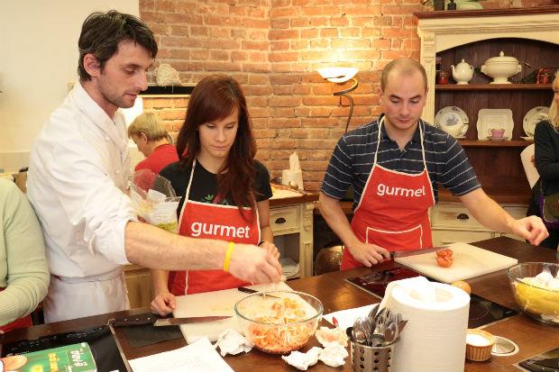 Šéfkuchař Tomáš Kalina v akci Foto: Vladan Krumpl