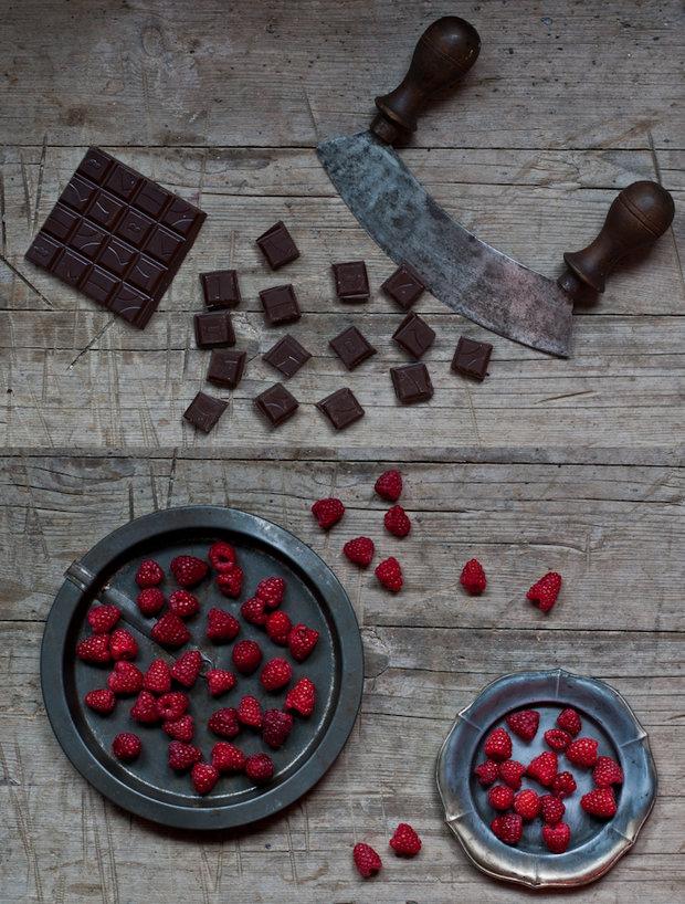 Malinová mascarpone zmrzlina s kousky čokolády  Foto: Sweet pixel blog