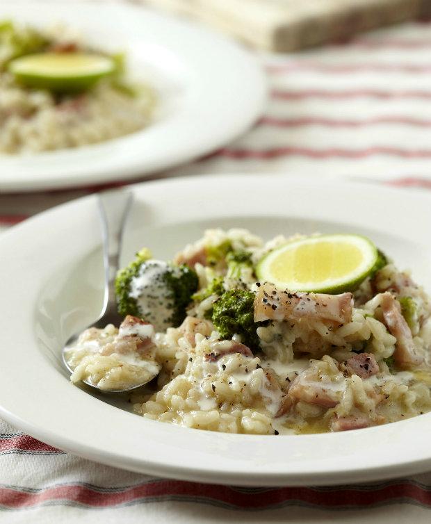 Krémové risotto se slaninou a brokolicí  Foto: isifa.com