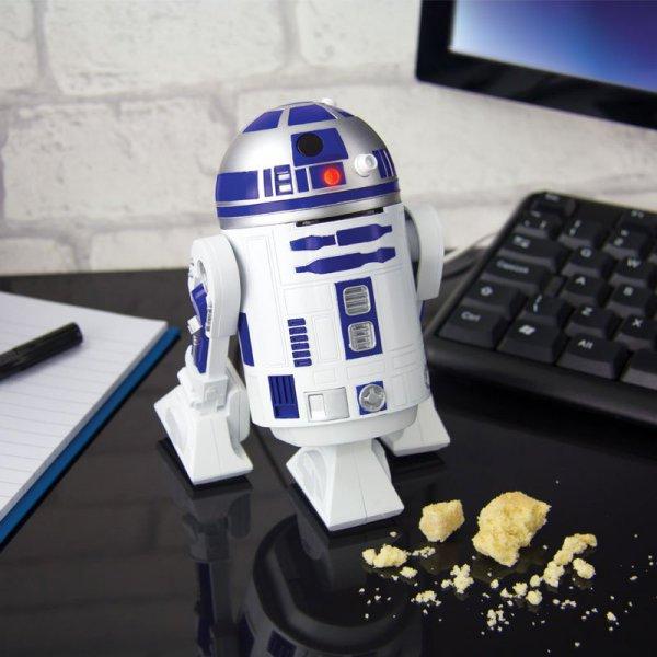 Konečně čistý stůl! Vtipný vysavač v podobě legendární postavičky R2D2 z Hvězdných válek váš stůl nejen dokonale vyčistí, ale také ozdobí. Co víc si přát? Foto: