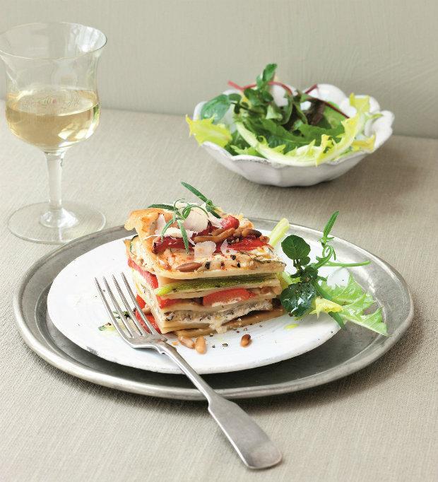 Lasagne s pečenou paprikou, cuketou a ricottou Foto: Vegetariánská kuchyně pro labužníky