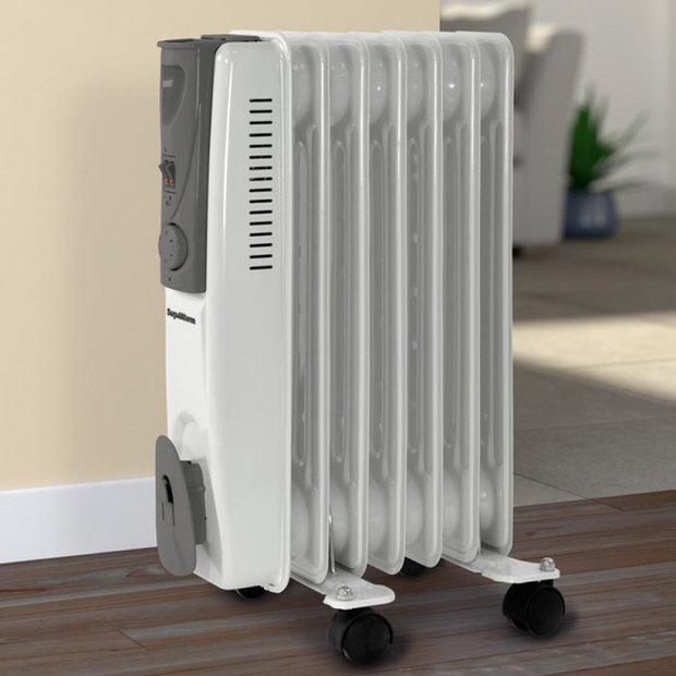 Olejový radiátor si na nic nehraje – je to radiátor s kolečky Foto:
