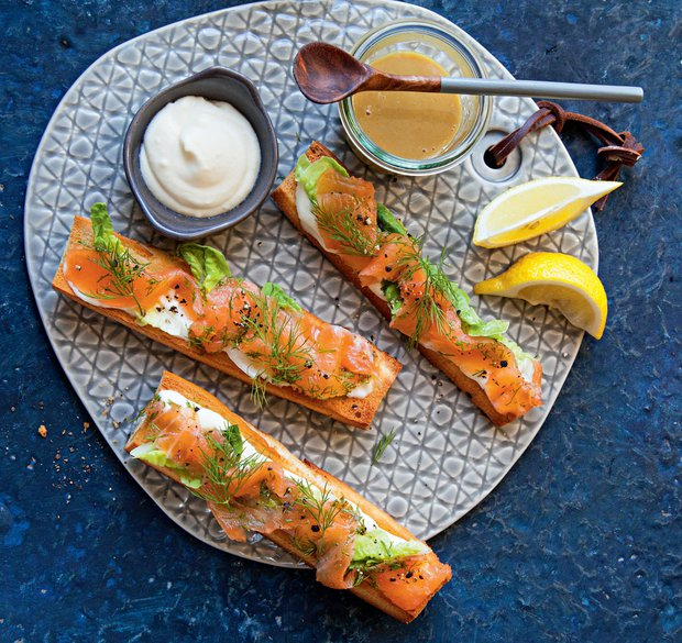 Marinovaný losos s hořčičnou omáčkou  Foto: