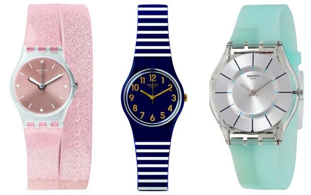 Hodinky Swatch/ Koscom, zleva: růžové 1500 Kč, pruhované 1500 Kč, zelené 2800 Kč Foto: