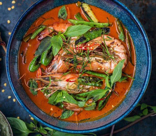 Červené thajské kari s krevetami  Foto: