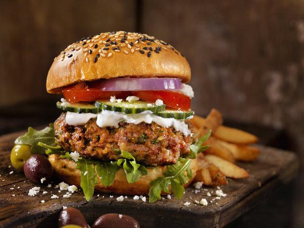 trendy ve výživě 2018 - míchané burgery Foto: