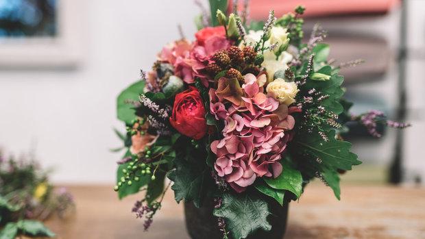 Jak udělat květinové aranžmá Foto: