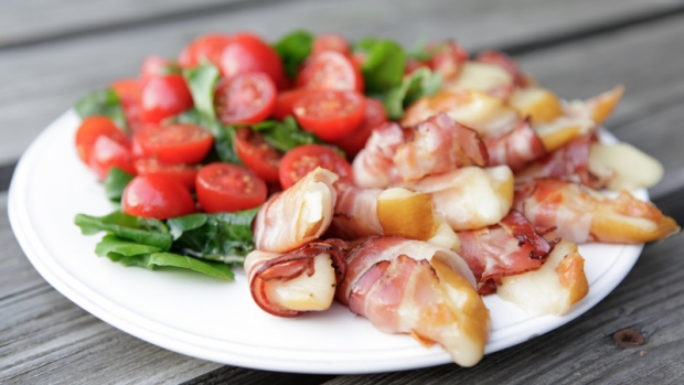 Mozzarella grilovaná v tyrolském špeku