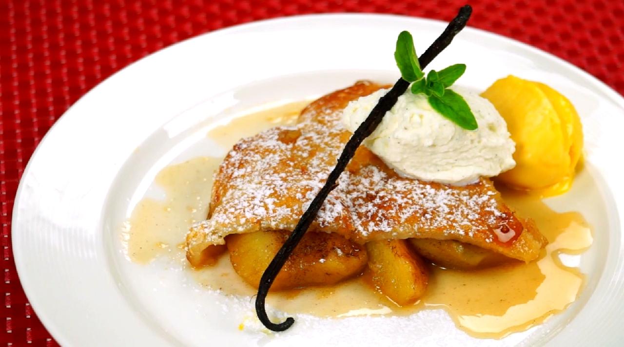 Jablečný obrácený koláč