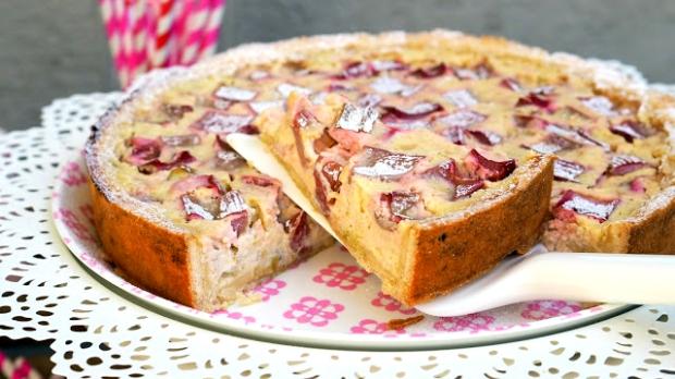 Rebarborový koláč sricottou