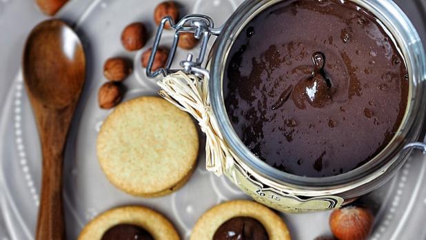 Oříškovo-čokoládová pomazánka