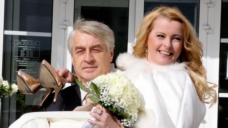 Iveta Bartošová – svatba s Josefem Rychtářem