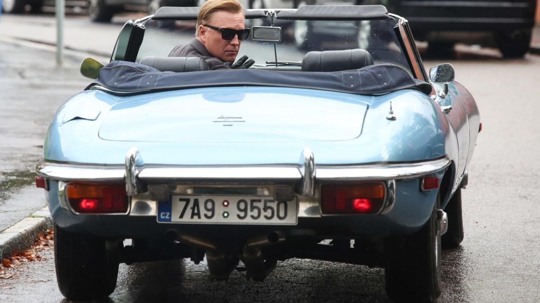 Kapitán Exner miluje krásná auta