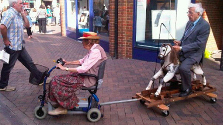 Správní důchodci  - Obrázek 1