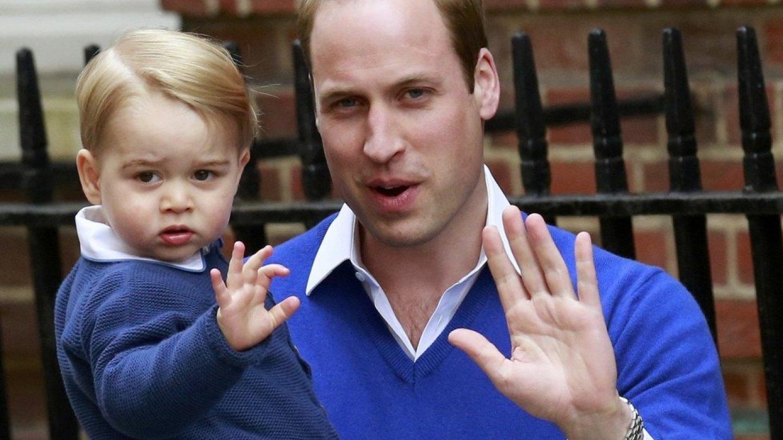 Svoji sestřičku přišel přivítat i princ George.