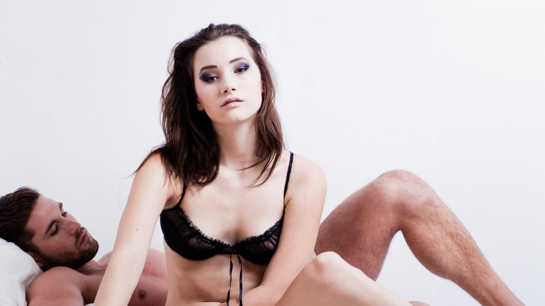 Секс не знала что ее снимают, Не знает что ее снимает скрытая камера - смотреть 12 фотография