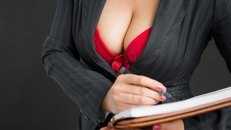 Сексуальная учительница в платье, Развратная училка опять пришла на занятия в супер 5 фотография