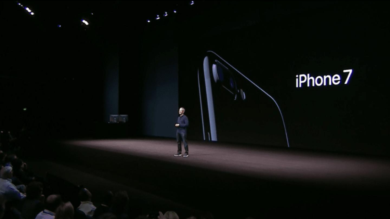 iPhone 7 je na světě
