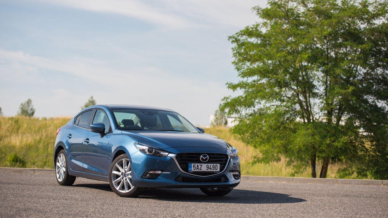 Mazda 3 se drží atmosferických motorů.