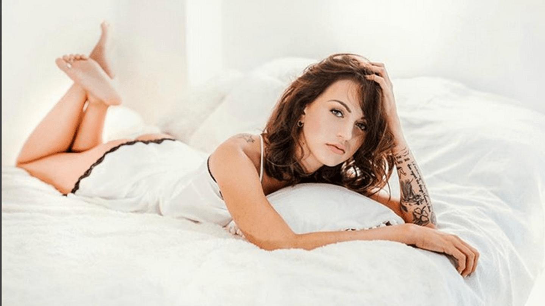 Hot Carrie Kirsten nude photos 2019
