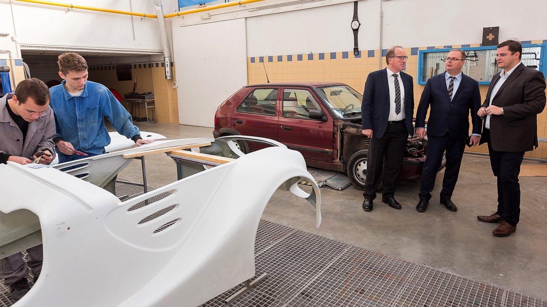 Porsche ČR startuje projekt QHERO na podporu mladých talentů v autobranži