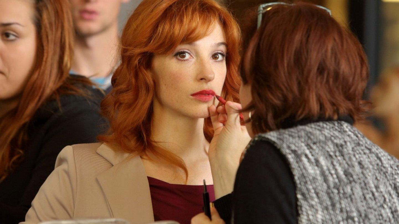 Krásná Vica Kerekes ztvární velice ženskou postavu v detektivce Kapitán Exner
