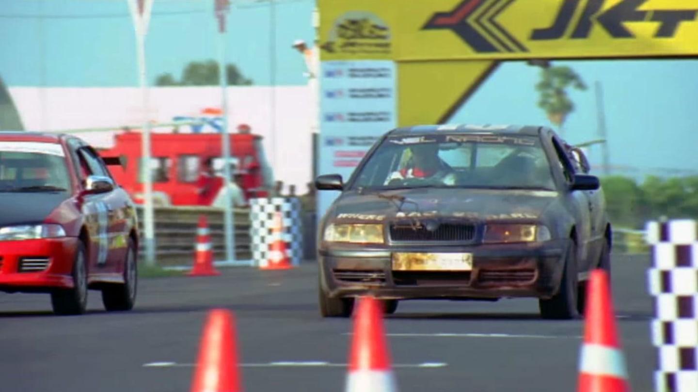 Octavia si zahrála v indickém akčním filmu. Jako závodní pickup