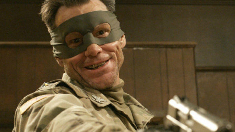 Jim Carrey (Kick-Ass 2) - Těsně před premiérou tohoto snímku v Americe proběhlo tragické střílení na jedné škole a vzhledem k násilí, jaké je ve filmu zobrazeno, se Jim Carrey rozhodl zásadně od filmu distancovat. Brutální role později litoval.