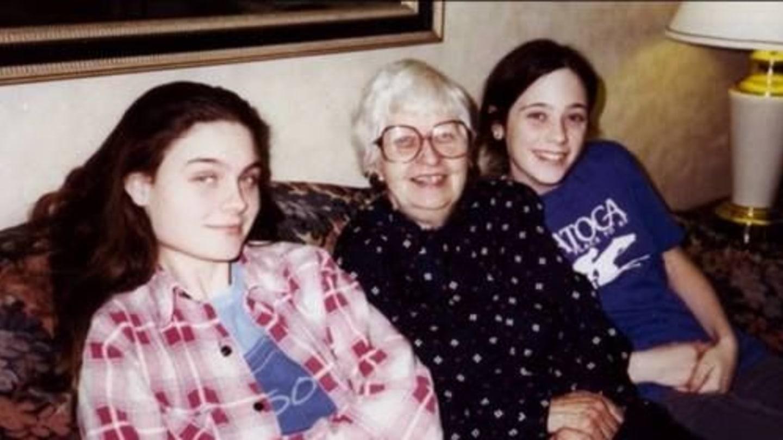 Emily se sestrou Zoey v teenage věku