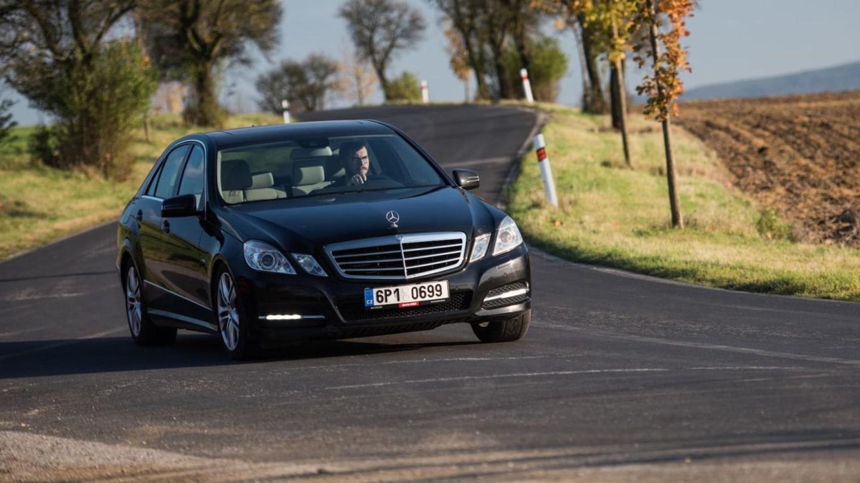 Mercedes-Benz E 220 CDI jízda 11