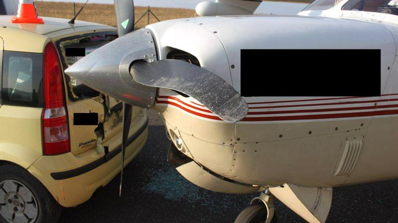 Řidič nacouval do točící se vrtule.