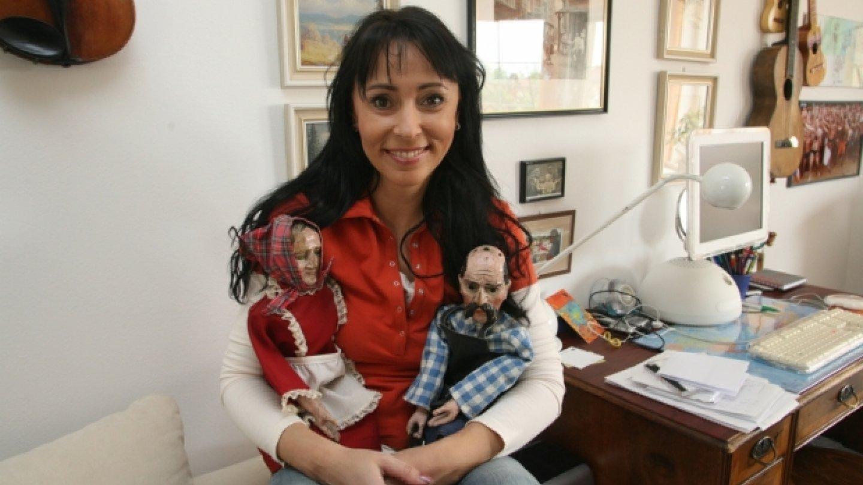 Heidi a starodávné loutky babky a dědka z chrudimského muzea